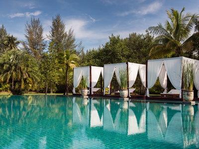 Hotel The Sarojin 9881//.jpg
