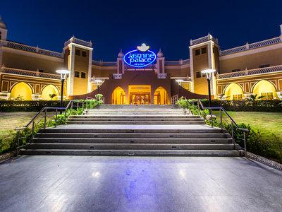 Hotel Jasmine Palace Resort 9881//.jpg