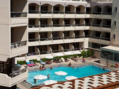 Hotel Lomeniz 9881//.jpg