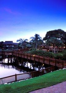 Hotel Park Shore Resort 9881//.jpg