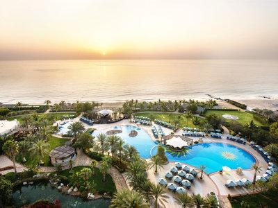 Hotel Le Meridien Al Aqah Beach Resort 9881//.jpg