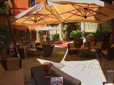 Hotel Liassidi Palace 9881//.jpg