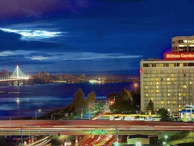 Hilton Garden Inn San Francisco/Oakland Bay Bridge Angebot aufrufen