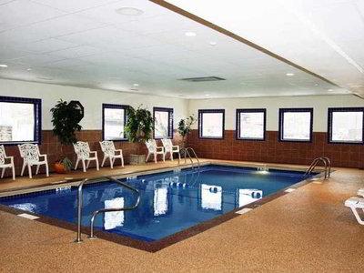 Hotel Hampton Inn Niagara Falls 9881//.jpg