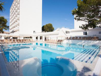 Hotel Grupotel Farrutx 9881//.jpg