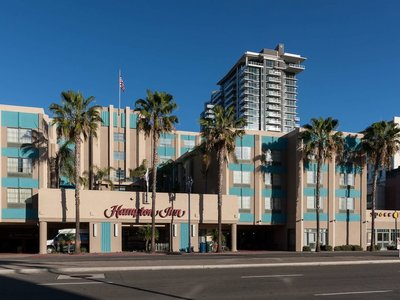 Hotel Hampton Inn San Diego Downtown 9881//.jpg
