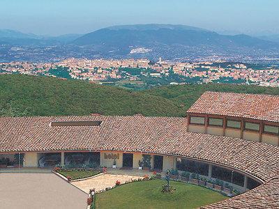 Colle della Trinita Angebot aufrufen