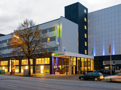 Hotel Holiday Inn Express Hamburg City Centre 9881//.jpg