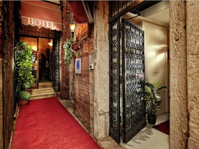 Hotel Tintoretto 9881//.jpg