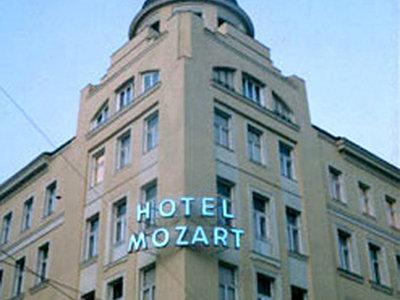 Hotel Mozart 9881//.jpg