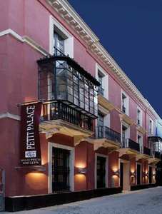 Hotel Petit Palace Marques Santa Ana 9881//.jpg