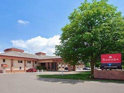 Ramada Saginaw Hotel & Suites Angebot aufrufen