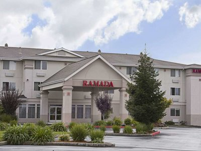 Hotel Ramada Limited Redding 9881//.jpg