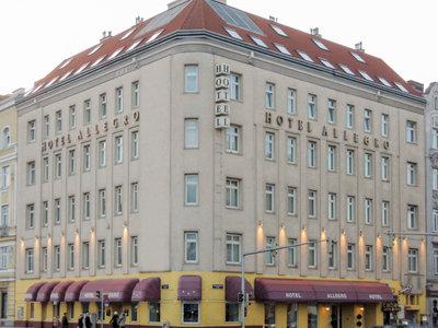 Hotel Allegro 9881//.jpg