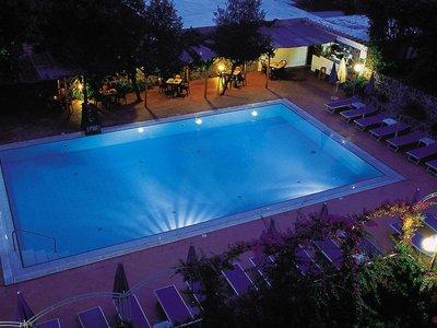 Hotel Cleopatra 9881//.jpg
