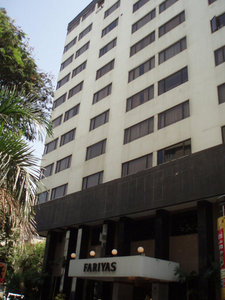 Hotel Fariyas 9881//.jpg
