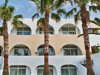 Hotel Makarios 9881//.jpg