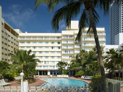 Hotel Four Points by Sheraton Miami Beach 9881//.jpg