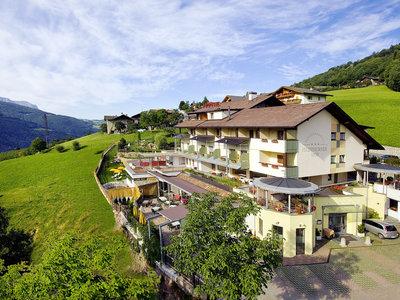 Panorama & Wellness Hotel Feldthurnerhof