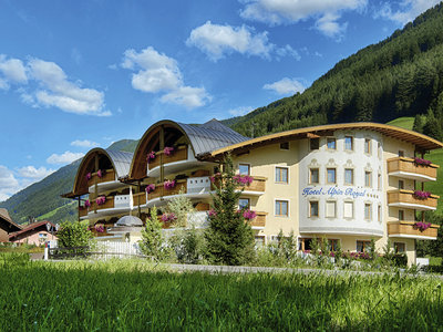 Hotel Alpin Royal 9881//.jpg