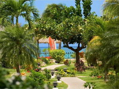 Hotel Coyaba Beach Resort 9881//.jpg