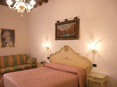Hotel Locanda SS. Giovanni e Paolo 9881//.jpg