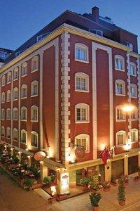 Hotel Romance 9881//.jpg