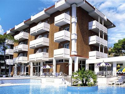 Hotel Ambassador 9881//.jpg