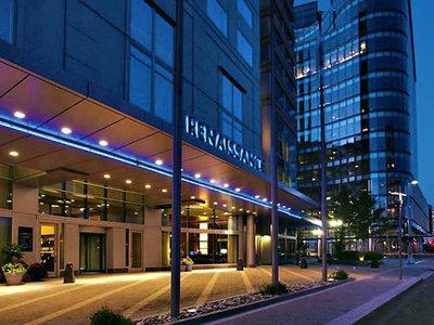 Hotel Renaissance Boston Waterfront 9881//.jpg